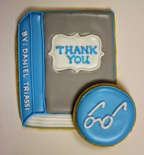 "Печенье ""книги"" спасибо тебе"