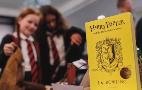 Две новые книги о вселенной Гарри Поттера выйдут в октябре