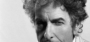 Нобелевскую премию по литературе получил Боб Дилан