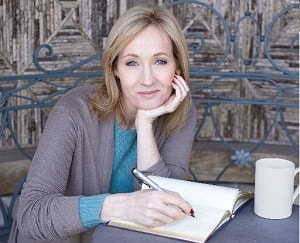 Джоан Роулинг поддержала молодых писателей